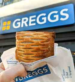 Greggs Vegan Steak Bake